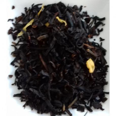 Thé noir aux amandes